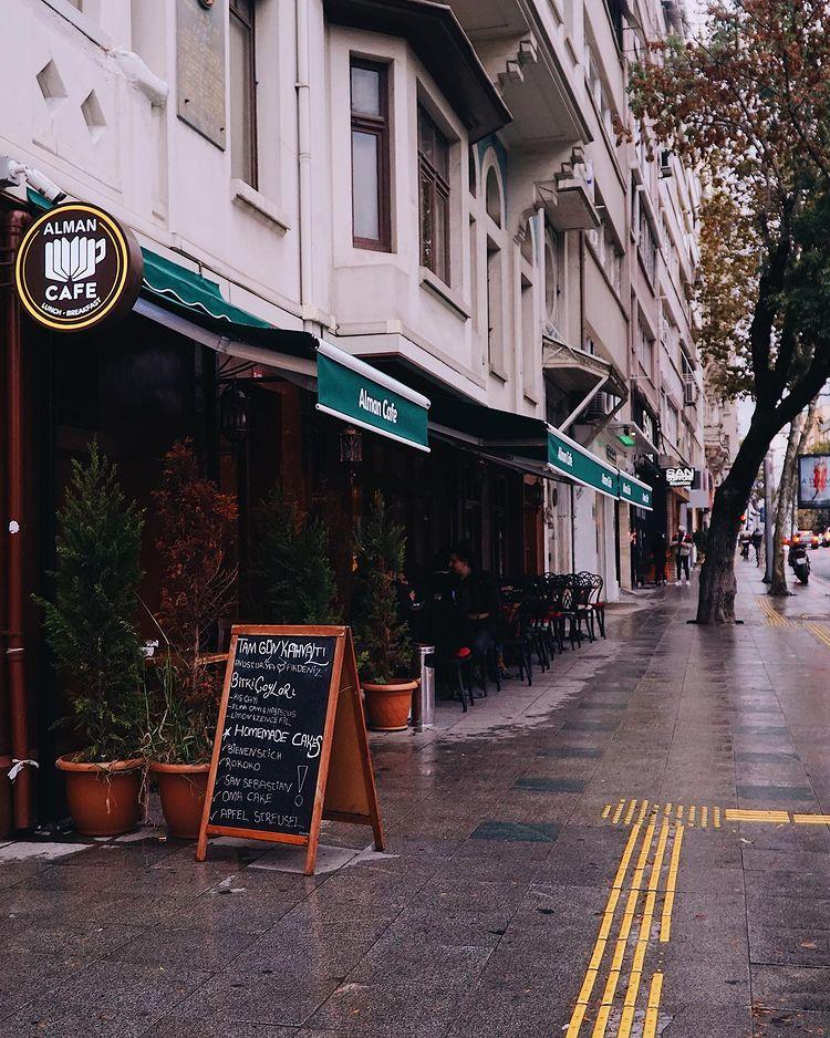 Alman Cafe