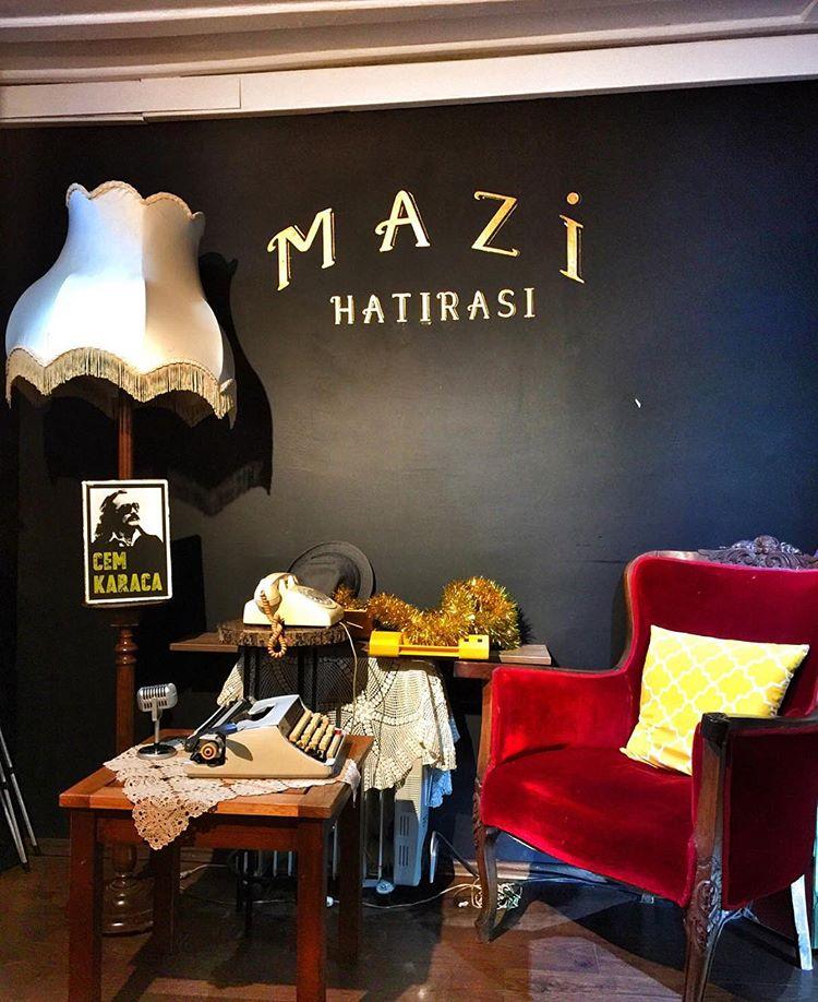 Mazi Plak Cafe