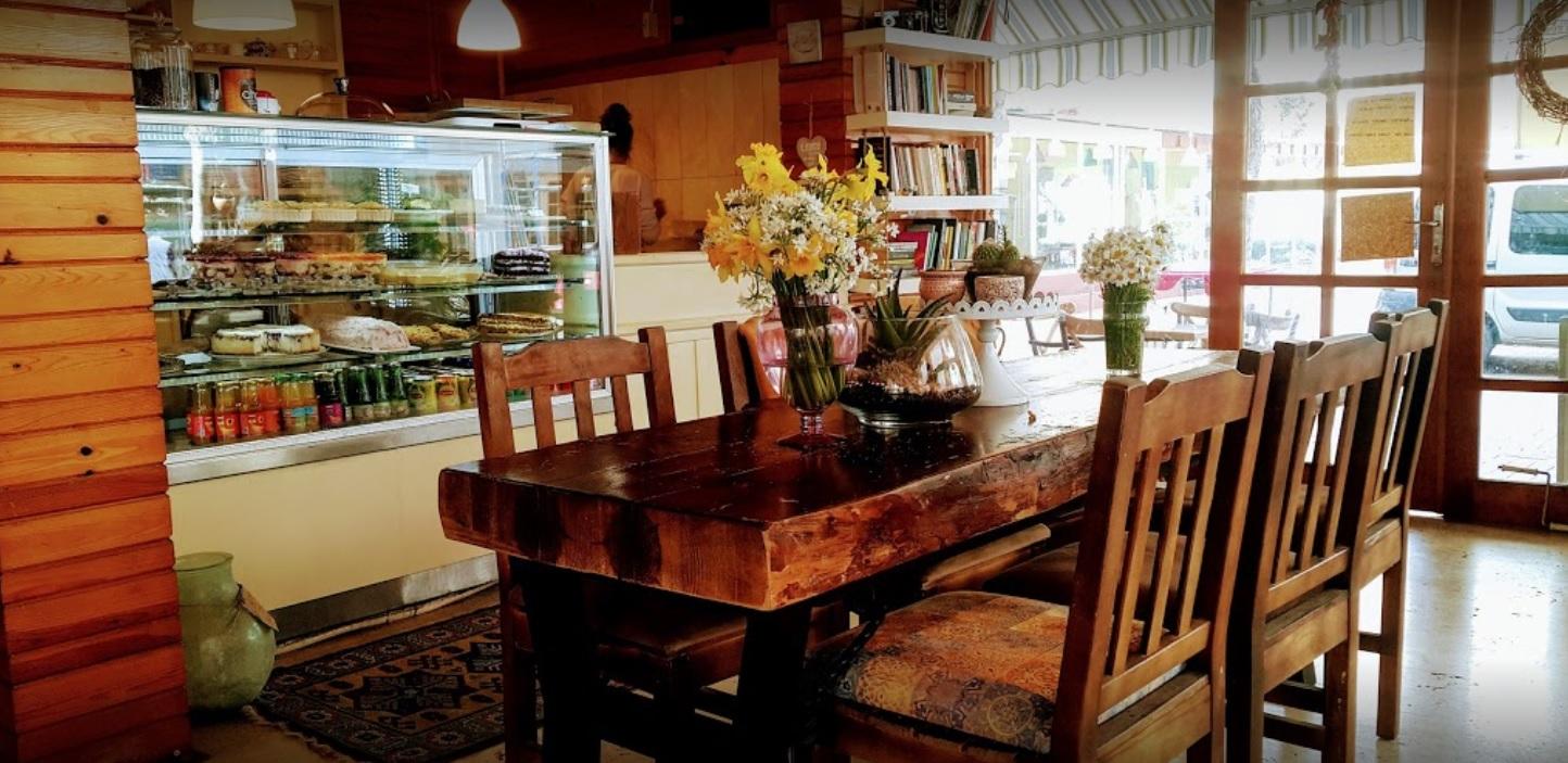 Reka Cafe