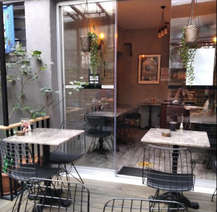 Taş Cafe