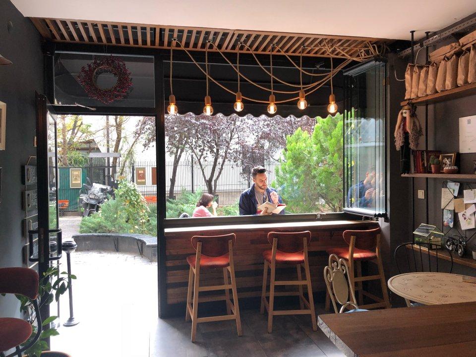 Padam Coffee Shop
