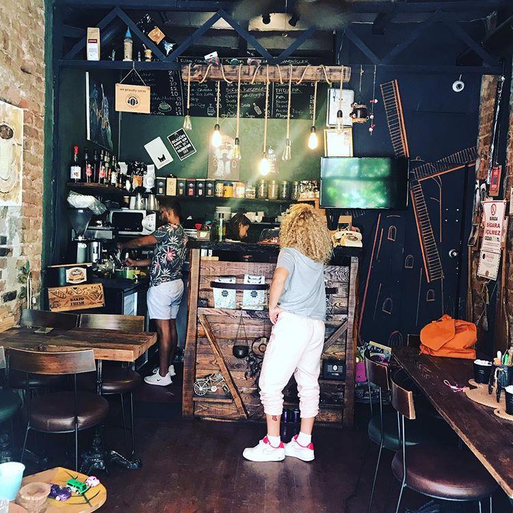 Cafe Stellar
