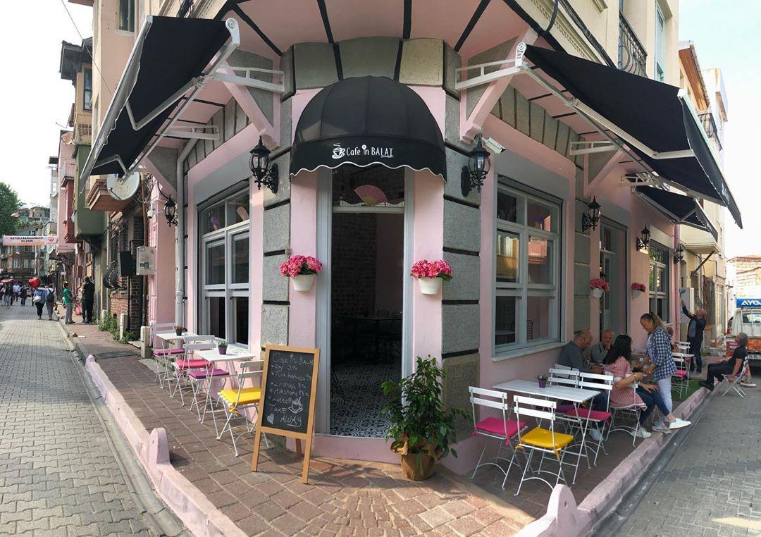Cafe in Balat