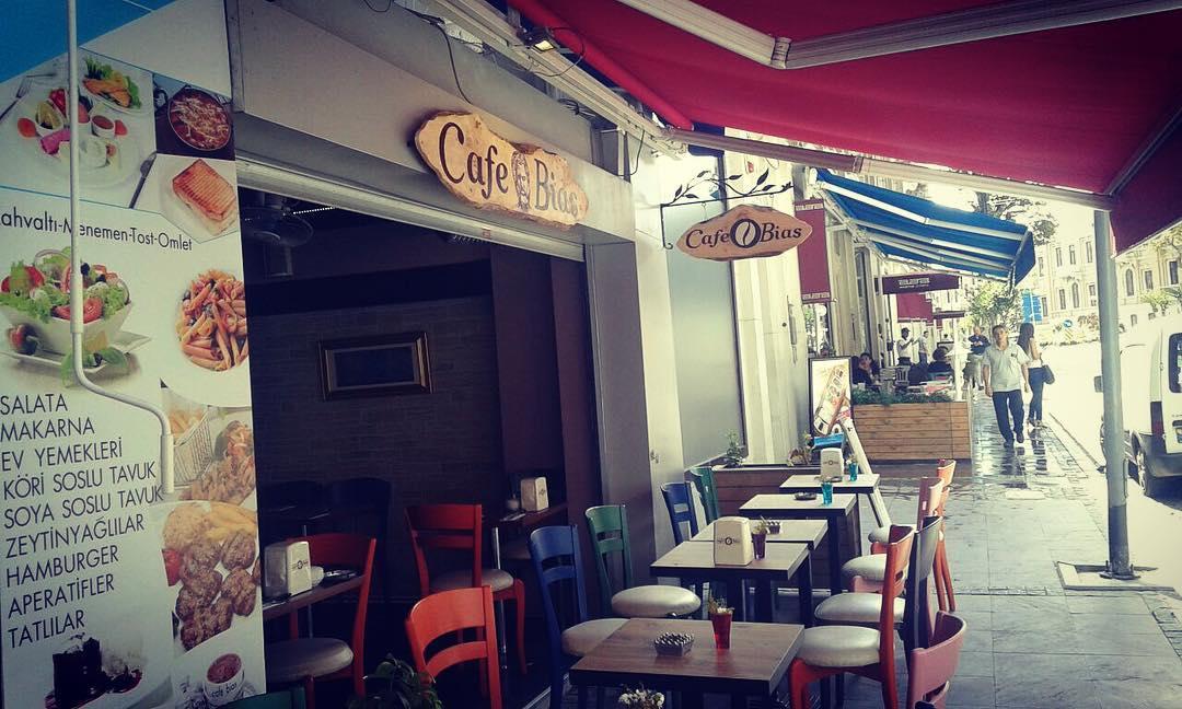 Cafe Bias