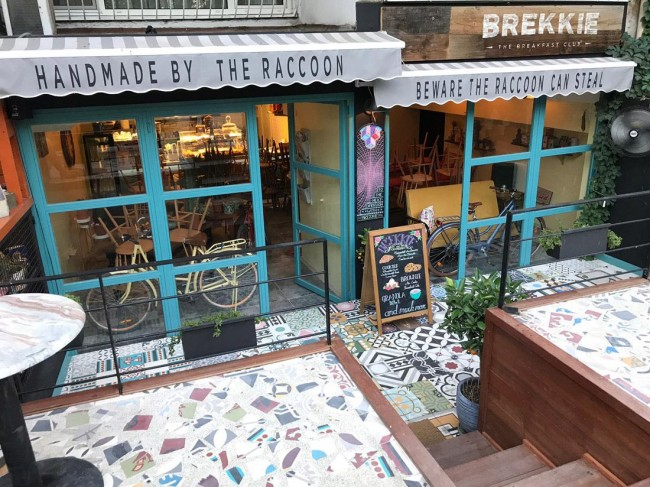 Brekkie Croissant & Cookie